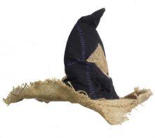 Детска кърпена - дрипава вещерска шапка